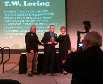 Mr. Loring Receives an educator's award from Behringer-Crawford Museum