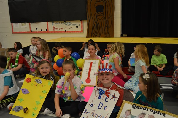 The 2nd Graders at TES dressed in their favorite vocabulary words for a presentation in the Gym that brought their families and peers together!